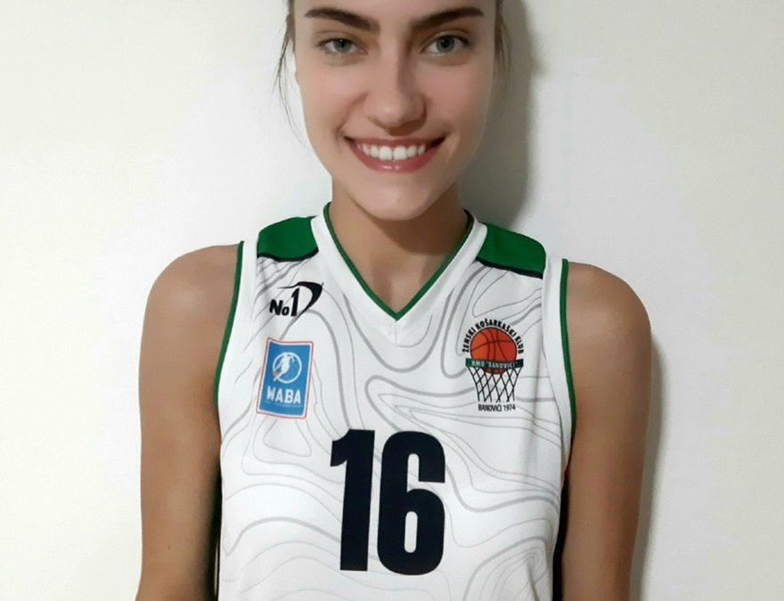 16 Asja Hasanbegović