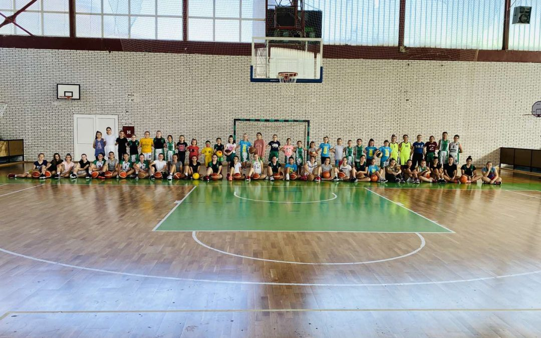 ŽKK RMU Banovići obradovao najmlađe košarkašice: Radost djevojčica sve govori (FOTO)